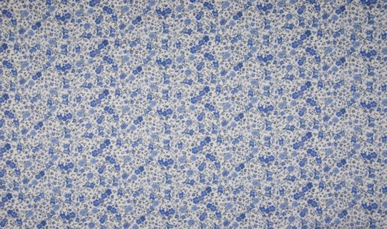 Blusenstoff - Streublumen - blau